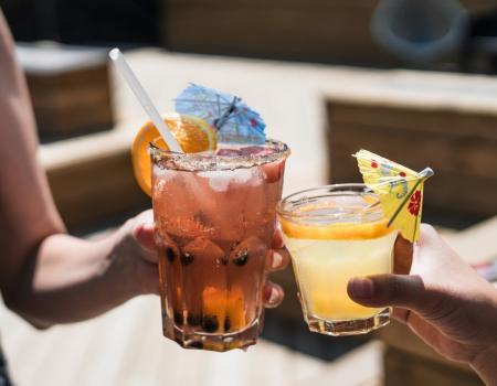 tropical hawaiian drinks